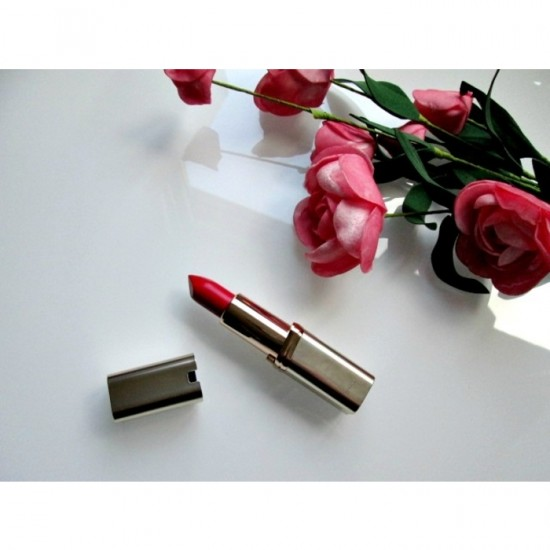 L'Oreal Color Riche Matte Lipstick - 330 Cocorico