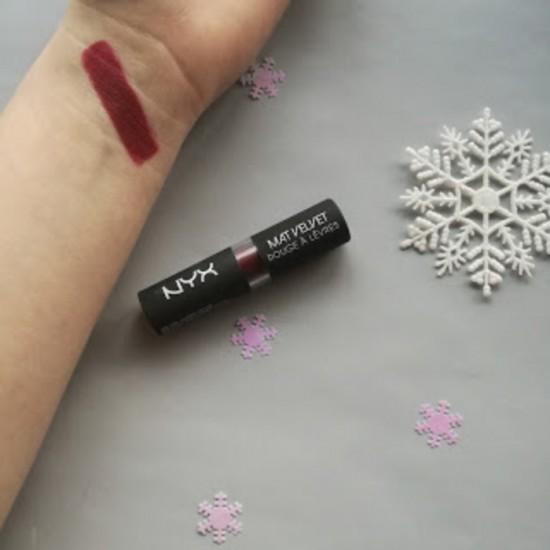NYX Matte Lipstick - 05 Volcano
