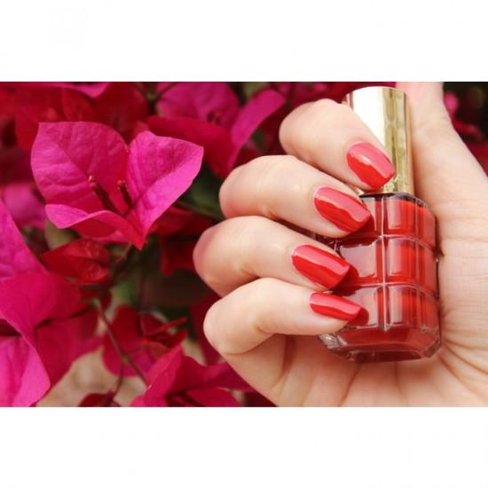 L'Oreal Color Riche Nail Polish A L'Huile - 550 Rouge Sauvage