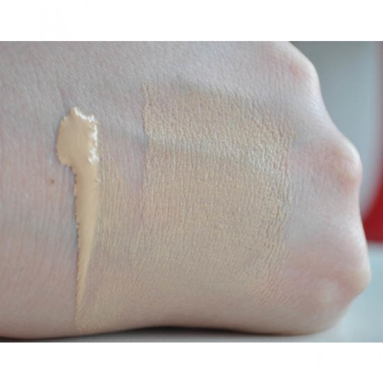 YSL Perfect Touch Radiant Brush Foundation - 4