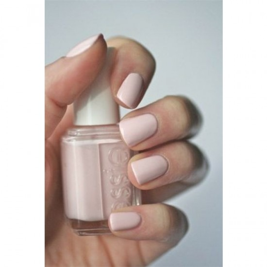 Essie Nail Color - 428 Cabi-O-Lait