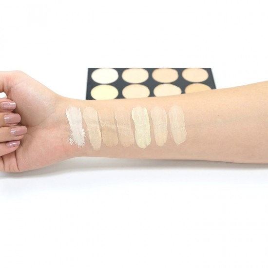 Makeup Revolution Cover and Conceal Palette - Light