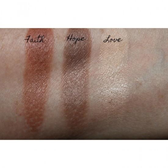 Makeup Revolution Emily The Needs Palette