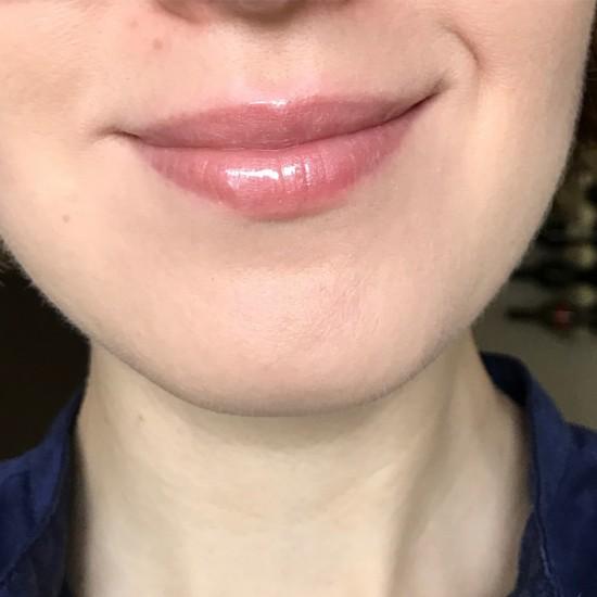 Burberry Kisses Gloss - 09 Pale Nude