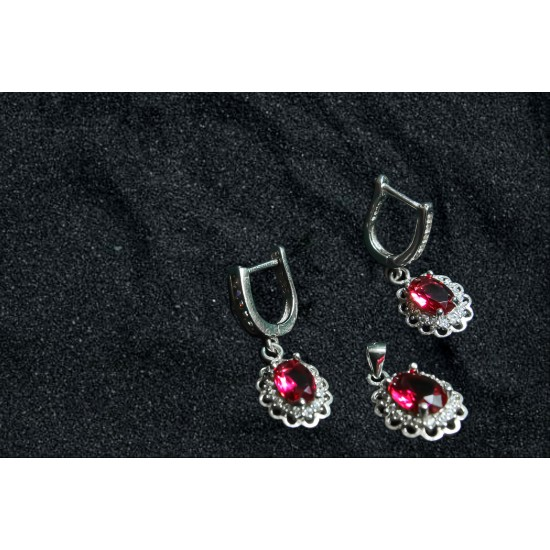 Reina Ruby Floral Pendant Set